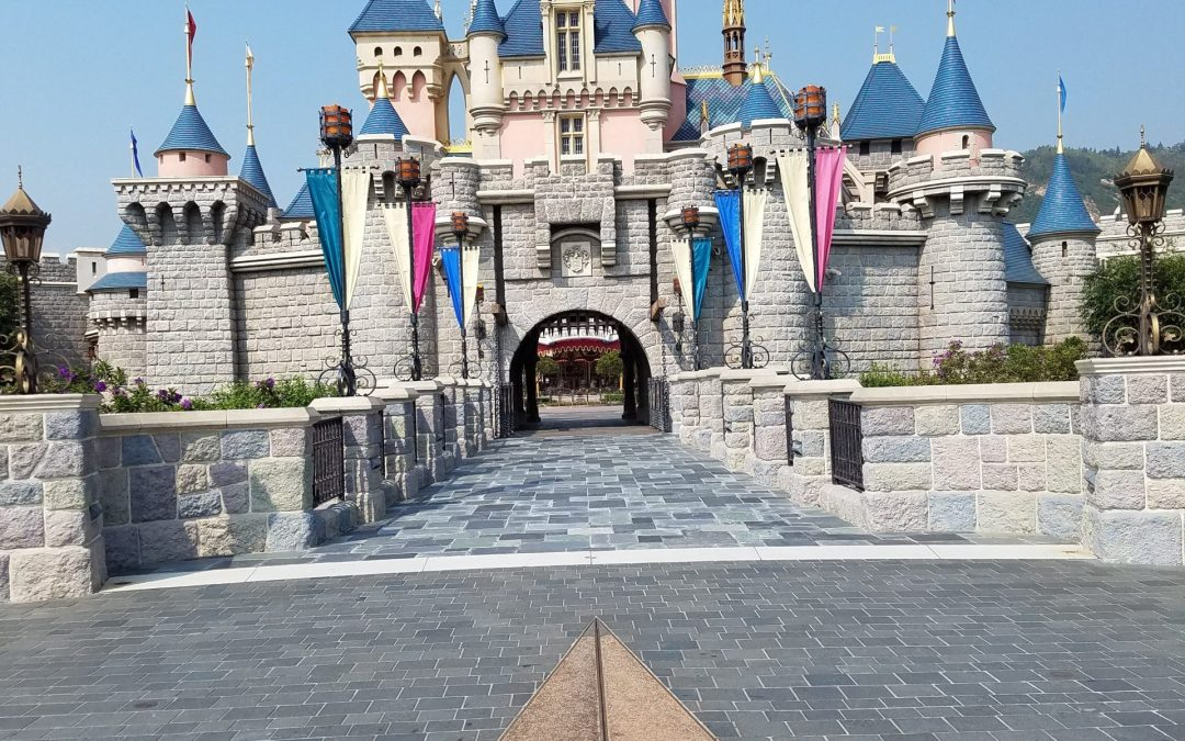 What to Know About Your First Visit to Hong Kong Disneyland