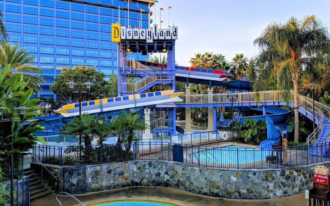 Top 5 Reasons Every Walt Disney World Fan Should Visit Disneyland