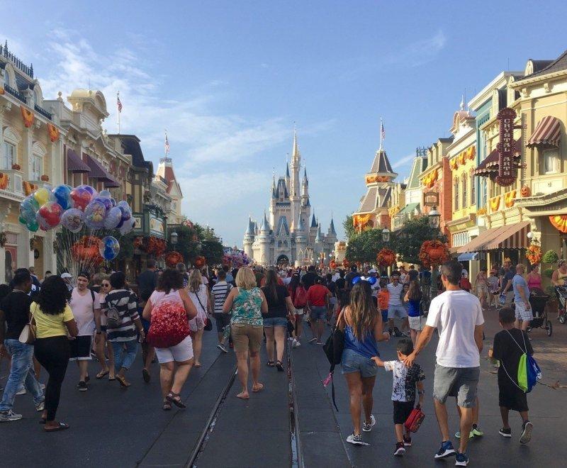 Crowds Magic Kingdom Walt Disney World