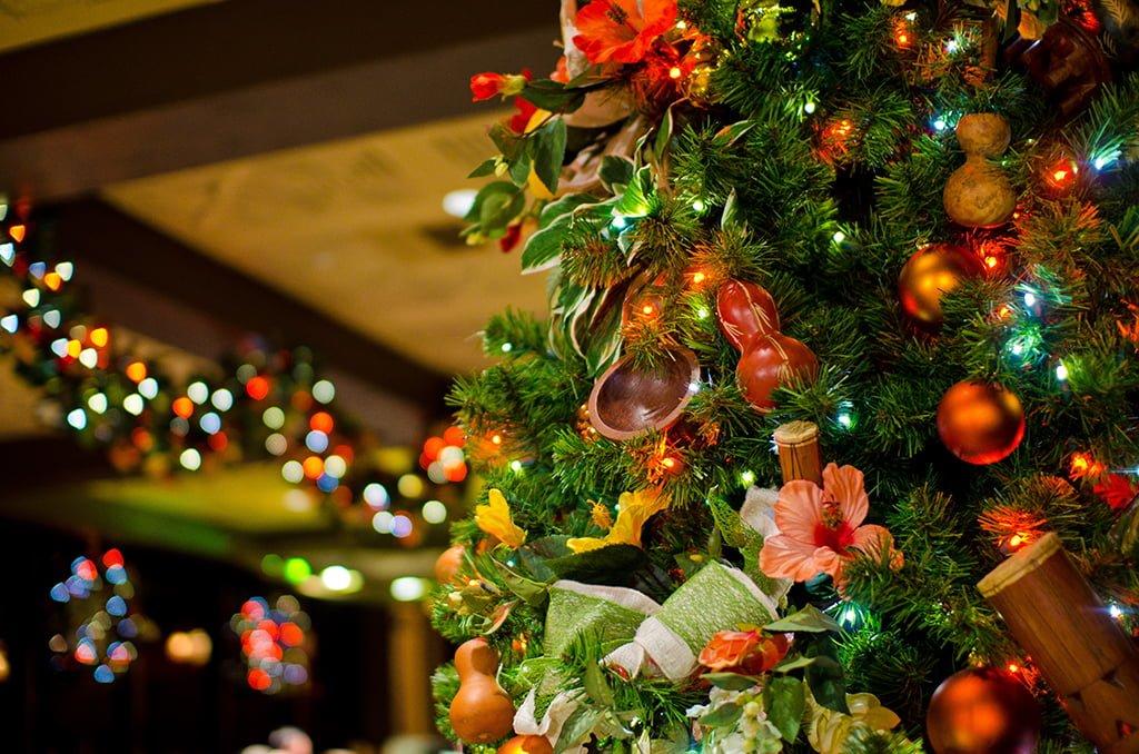 Disney World Resort Christmas Decorations Tour