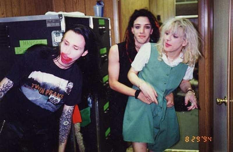 Marilyn Manson, Twiggy Ramirez and Courtney Love in 1994