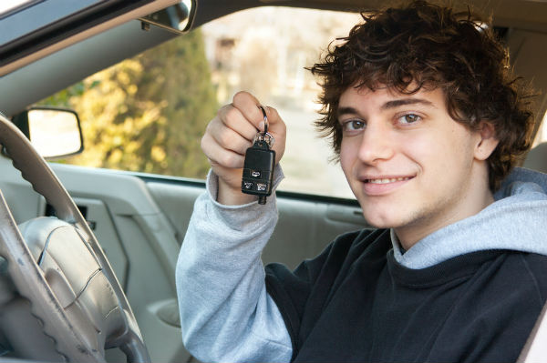 Our Tampa car accident attorneys remind parents that they have a responsibility when it comes to keeping their teen drivers safe.