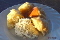 Brioche casero con mousse de queso y nueces