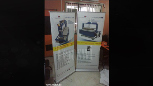 Double Sided Rollup Stand