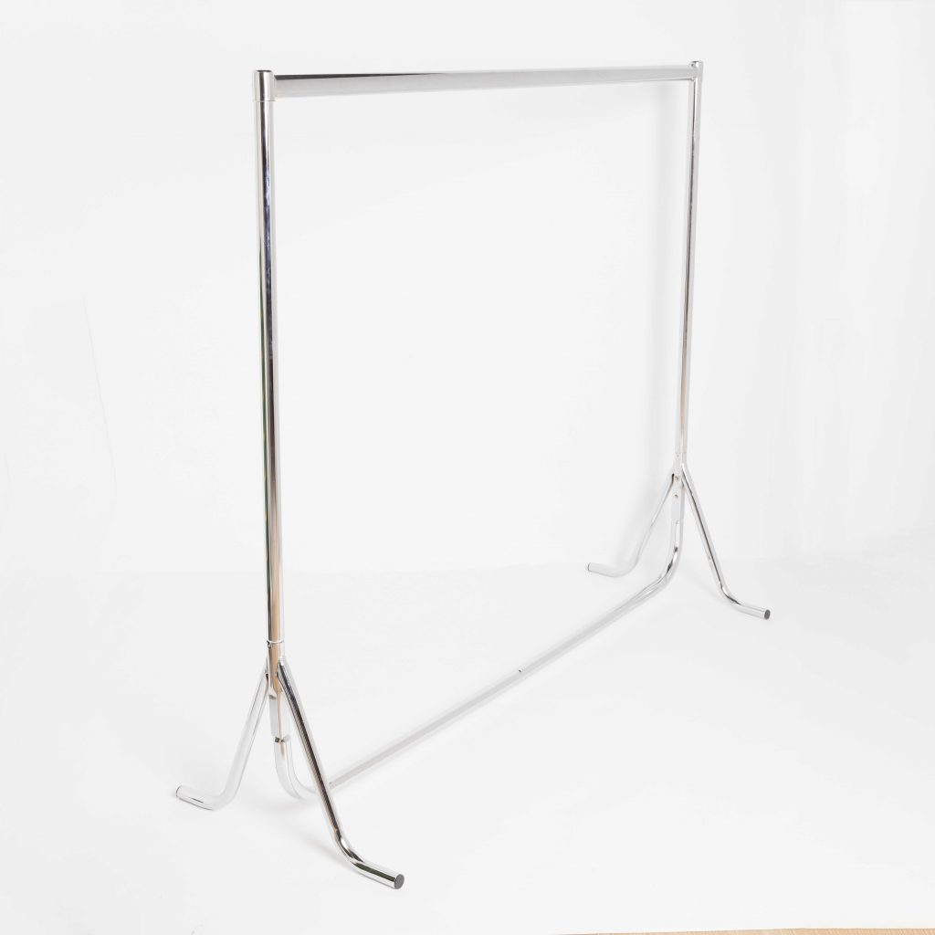 Chrome Clothes Rails With Fishtail Feet 3