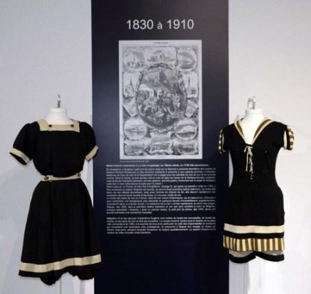 Exposition 70 ans Nuits de Satin Maillot de bain 1900 petit marin