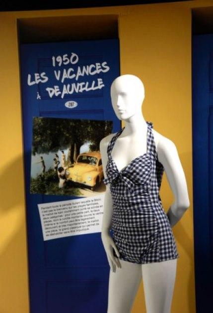 Exposition Bikini Nuits de Satin 1950 Vacances a Deauville