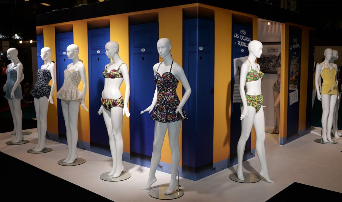 16 exposition-Bikini-maillots de bain- Salon CE-Nuits de satin