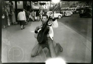 1957 Johnny Hallyday-Display-productions.com--Gare-Saint-Lazare-2