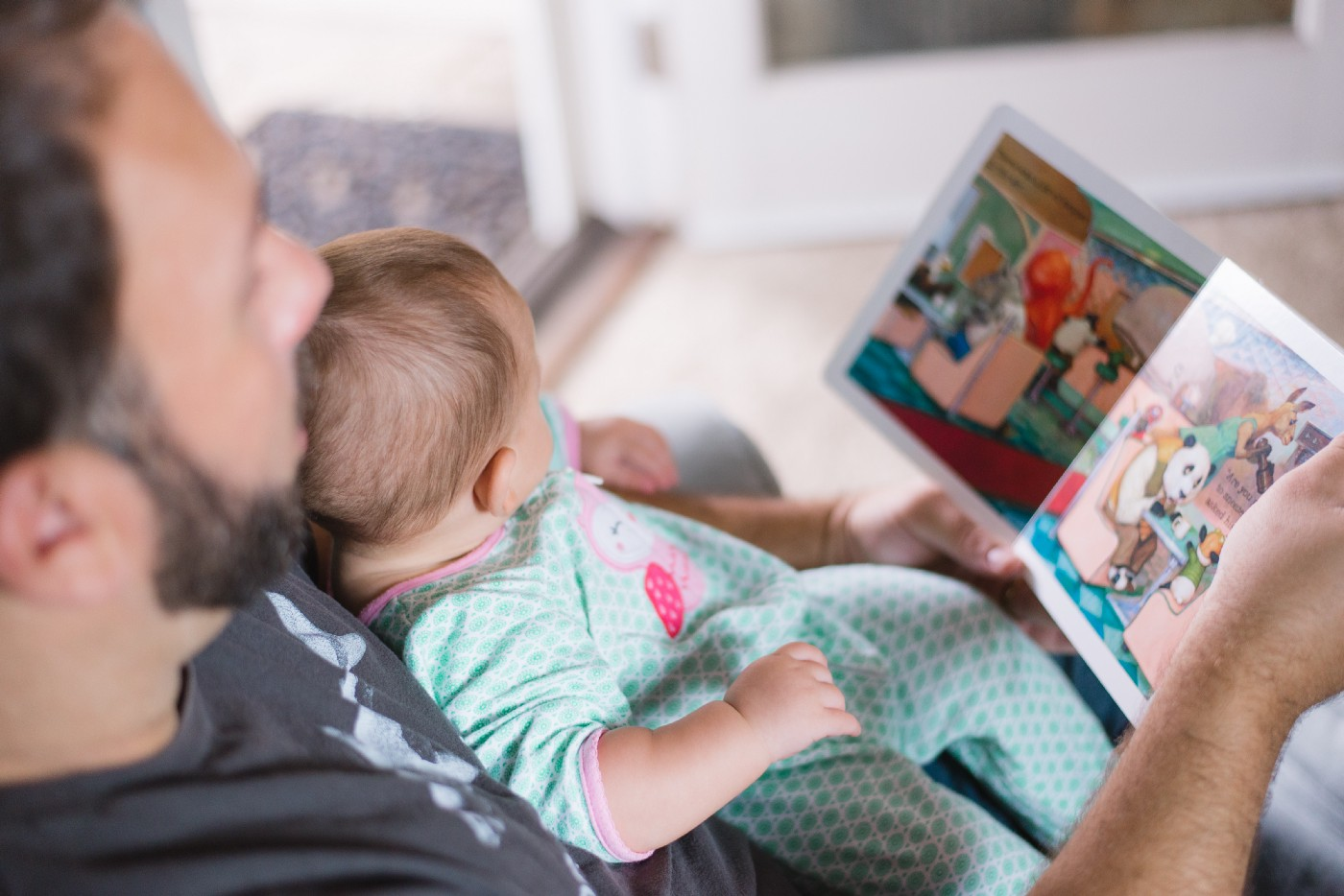How Does Augmented Reality Improve Children's Books?