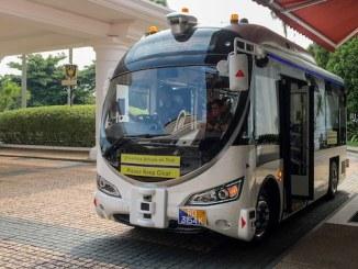 driverless bus