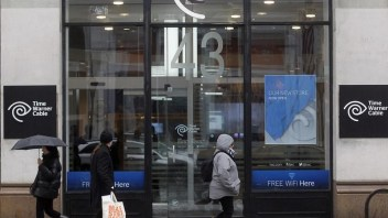 Comcast plans to drop Time Warner Cable bid