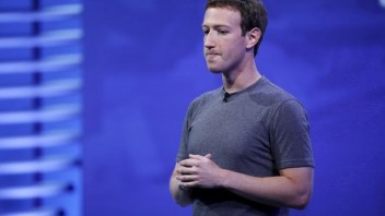 Zuckerberg faces the music over political bias allegations
