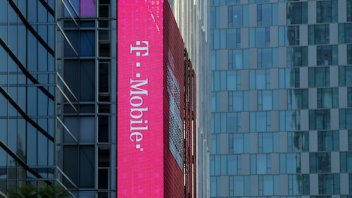 T-Mobile is within striking distance of leaders in network coverage