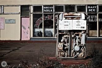 Deserted petrol station - Marulan