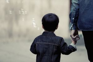 Read more about the article How to Reconnect With Young Child