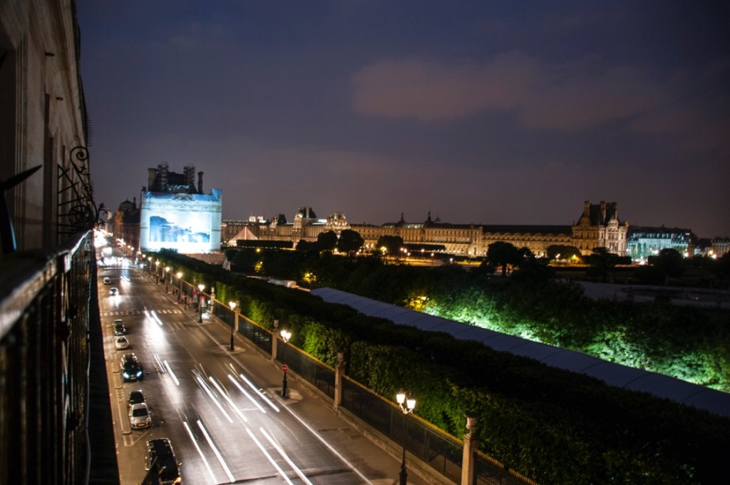 Rue de Rivoli at night