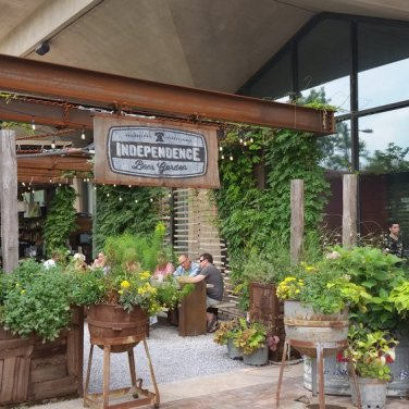 independence beer garden | distantlocals.com