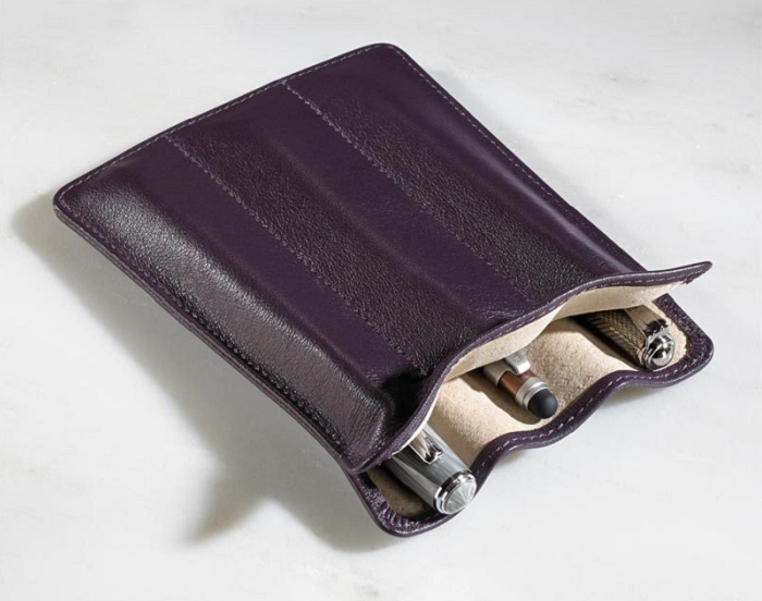 gifts-for-writers-pen-sleeve