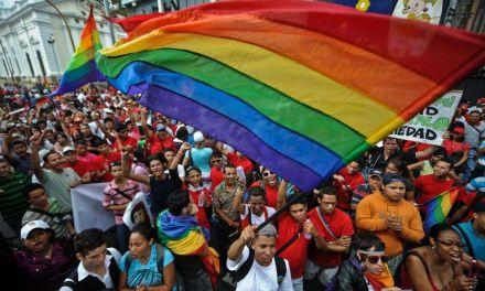 Escape al sur: gays, lesbianas y trans de Centroamérica se refugian en Costa Rica
