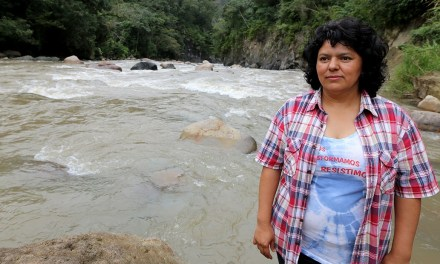 Guardiana de los ríos: documental sobre Berta Cáceres y las luchas comunitarias