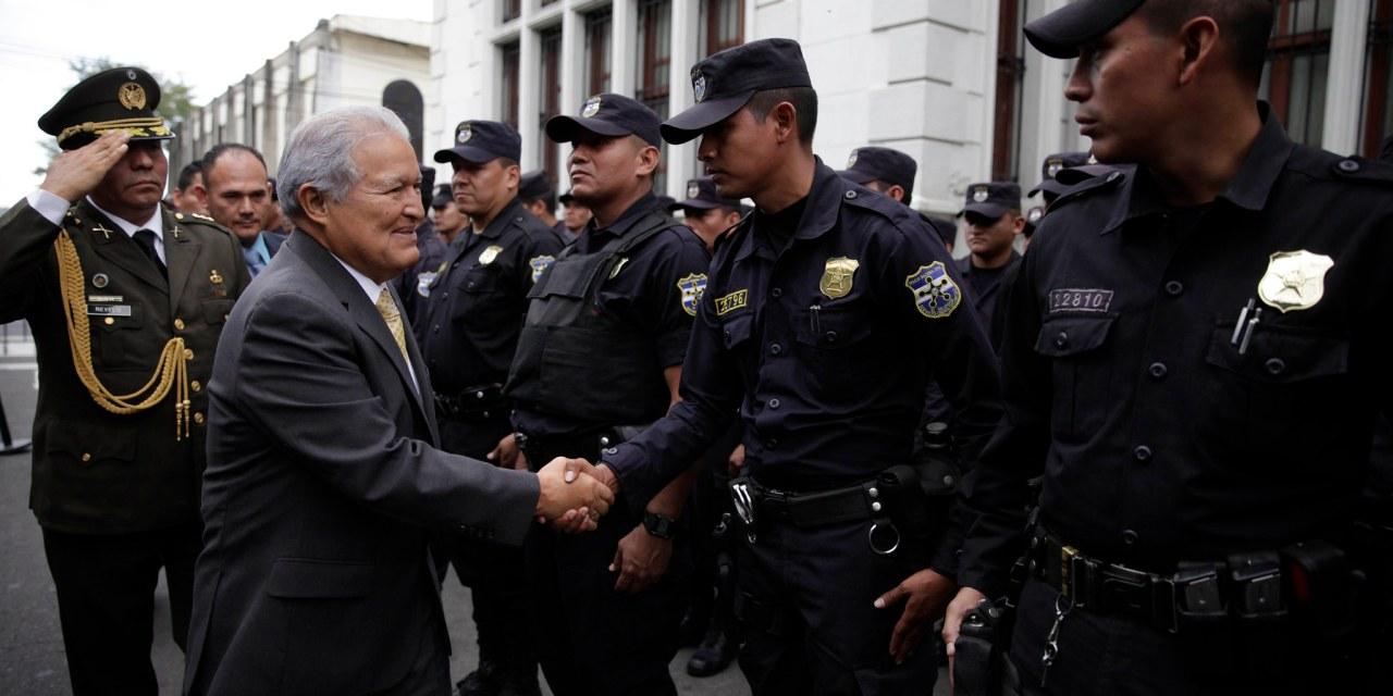 Bajan los homicidios en El Salvador, ¿éxito del gobierno o control de las pandillas?