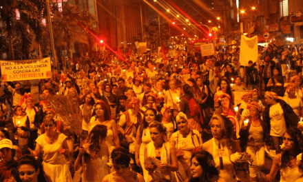 En Medellín las mujeres marcharon por la paz