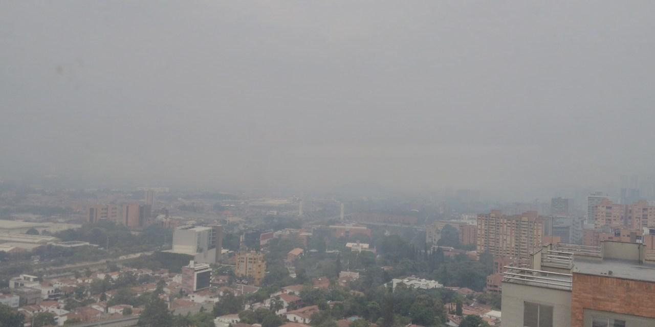 Medellín enfrenta su mayor contingencia del aire con datos abiertos y restricciones vehiculares