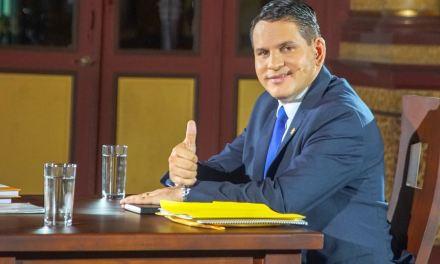 """""""Absurdómetro"""": La ofensiva contra el Sistema Interamericano de Derechos Humanos del candidato evangélico en Costa Rica"""