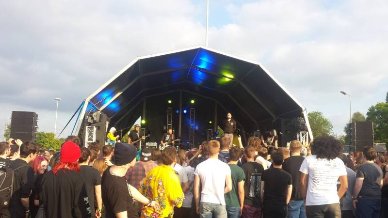 Zebrahead perform on the Desperados Stage