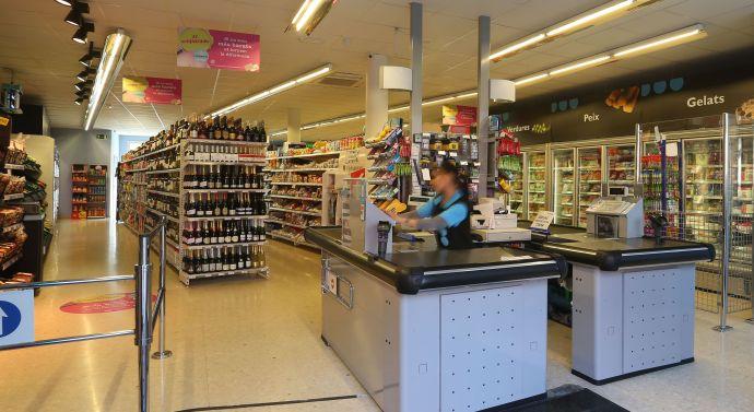 Caprabo abre una nueva tienda en Barcelona y avanza con su sistema de franquicias