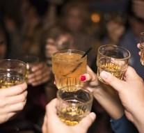 El consumo de alcohol multiplica el riesgo de padecer cáncer