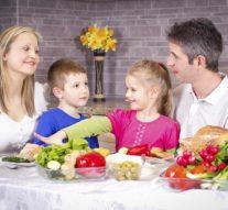 Alimentos que deberías evitar que tus niños coman todos los días