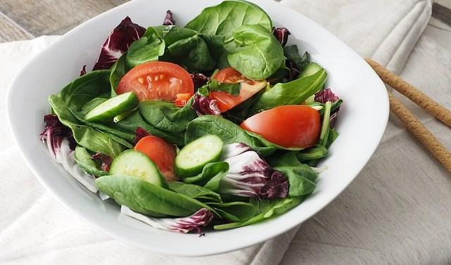 Verduras de hoja verde que puedes tomar durante todo el año
