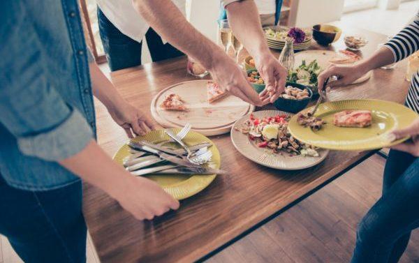 Solo uno de cada diez platos que comen los españoles es saludable