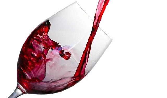 Carrefour amplía su gama de vinos ecológicos de marca propia