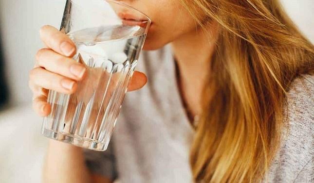 ¿Por qué la hiperhidratación es tan peligrosa como la deshidratación?