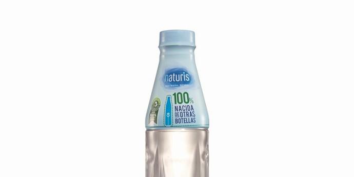Lidl lanza su propia botella de agua hecha 100% con plástico reciclado