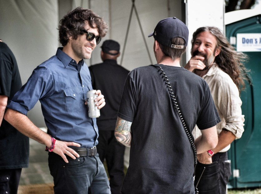 Mark & Robby chatting with the stage manager after soundcheck.