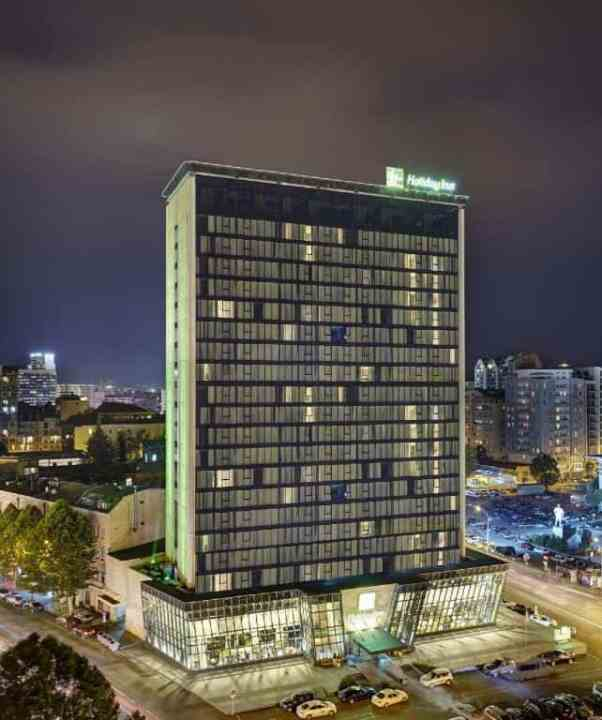 Holiday Inn Tbilisi, Hotel in Tbilisi near the Heroes Square