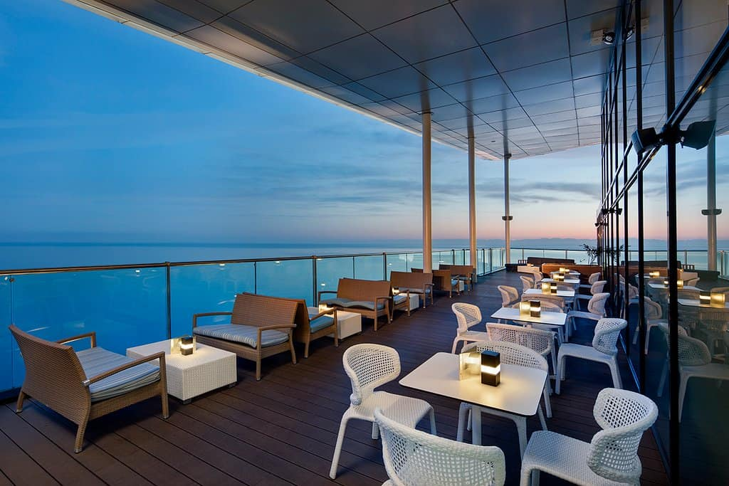 Sky Bar Nephele - Outdoor rooftop restaurant in Batumi