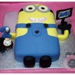 Tarta Minion 2 ojos, cupcake tallado 2D