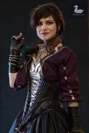 Morrigan (Dragon Age) cosplay by Gigahorse Deluxe