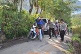 Dir Lantas Polda Aceh beserta personilnya membantu kelancaran lalu lintas pasca gempa Aceh Tengah
