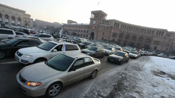 Armenia -- Protest ride against the Government's new pension reform, Yerevan, 16Janq2014