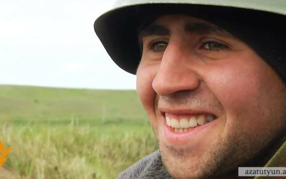 Nagorno-Karabakh -- An Armenian soldier of Karabakh Defense Army smiles after the cease-fire deal is announced, 05Apr2016