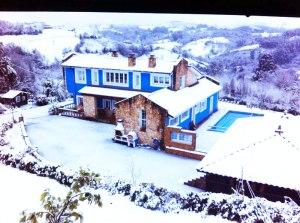 Una cubierta de piscina Abrisud te protege durante el invierno