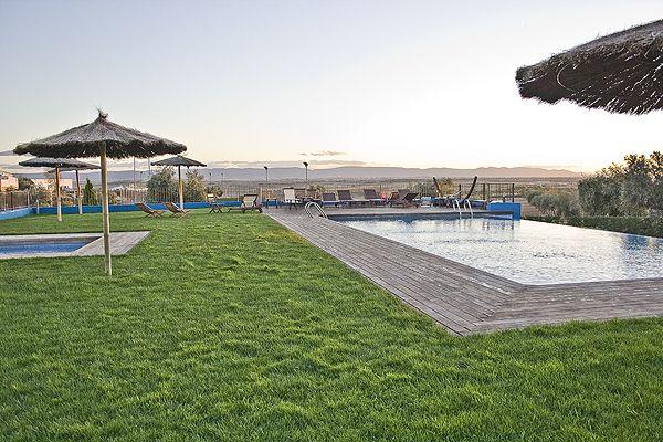 villa-nazules_piscinas