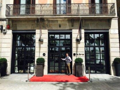 entrance-the-serras