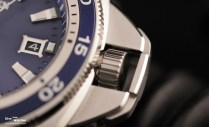 Citizen_Signature_Collection_Grand_Touring_Dive_Watch_300_Blue_Crown_open